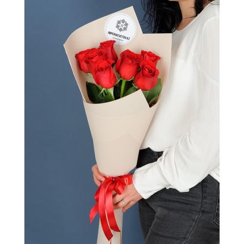 Купить на заказ Букет из 7 роз с доставкой в Сарыагаше