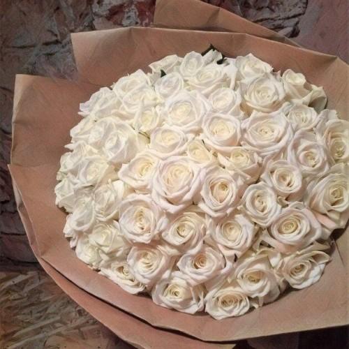 Купить на заказ Букет из 101 белой розы с доставкой в Сарыагаше